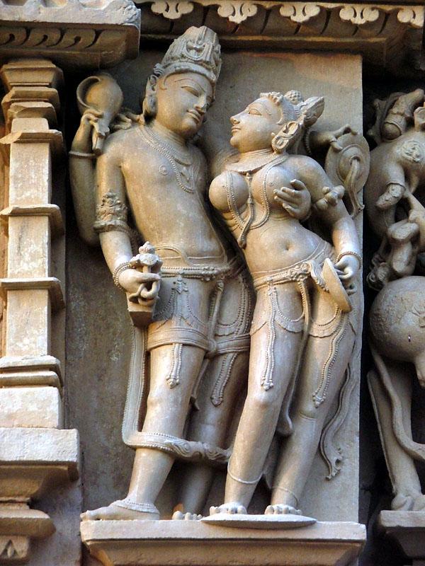Эротические изображения храмов древней индии